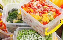آیا ویروس کرونا ازطریق غذاهای منجمد وارداتی منتقل میشود؟