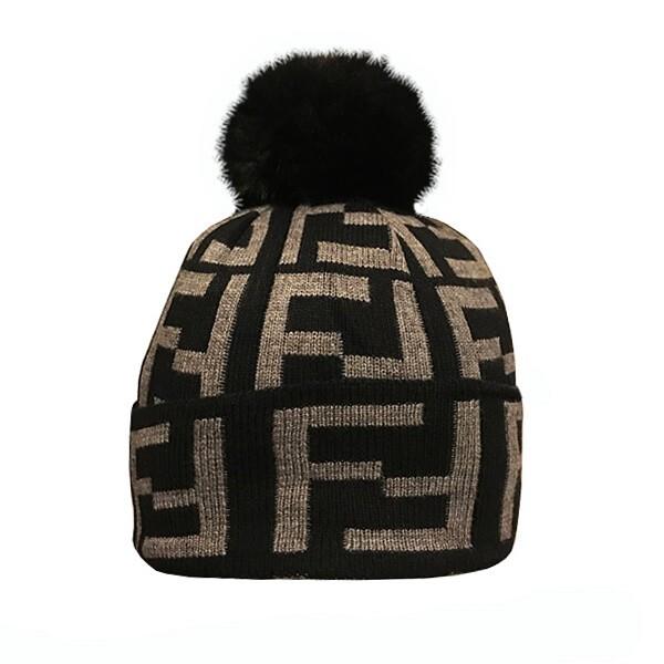 کلاه بافتنی طرح فندی